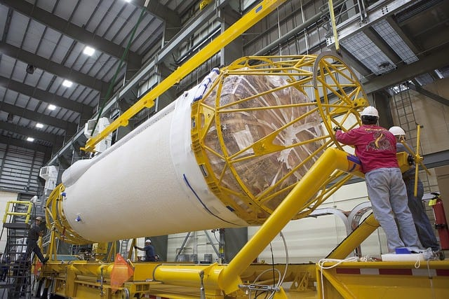 nasa-rocket-for-cargo-craft